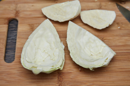 Remove the inner leaves for chinese fried cabbage