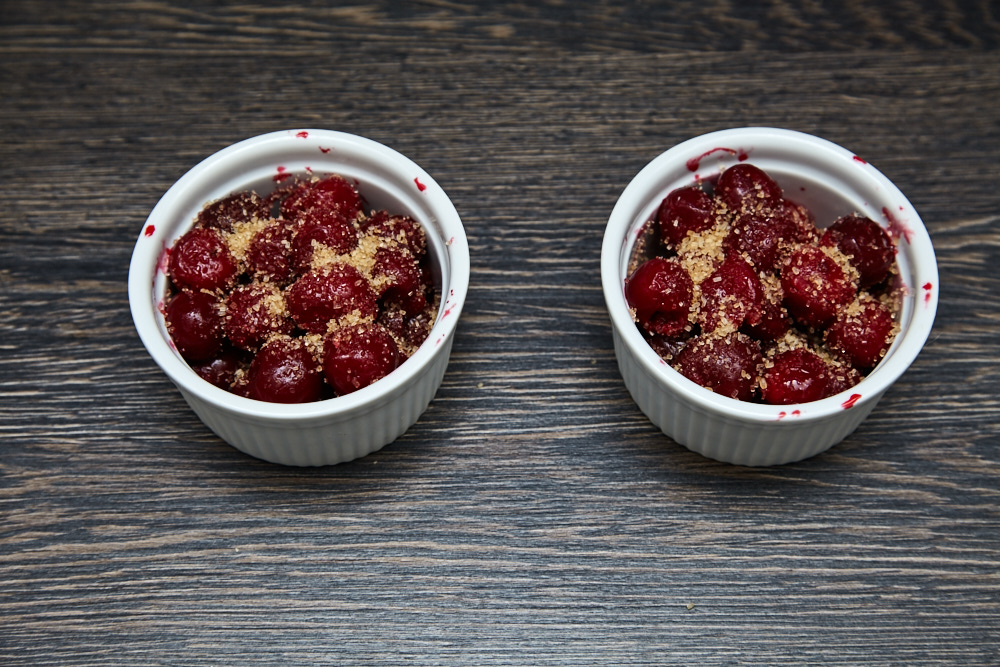 Add 1 tsp of sugar upfront to each form for cherry crumble in 5 minutes