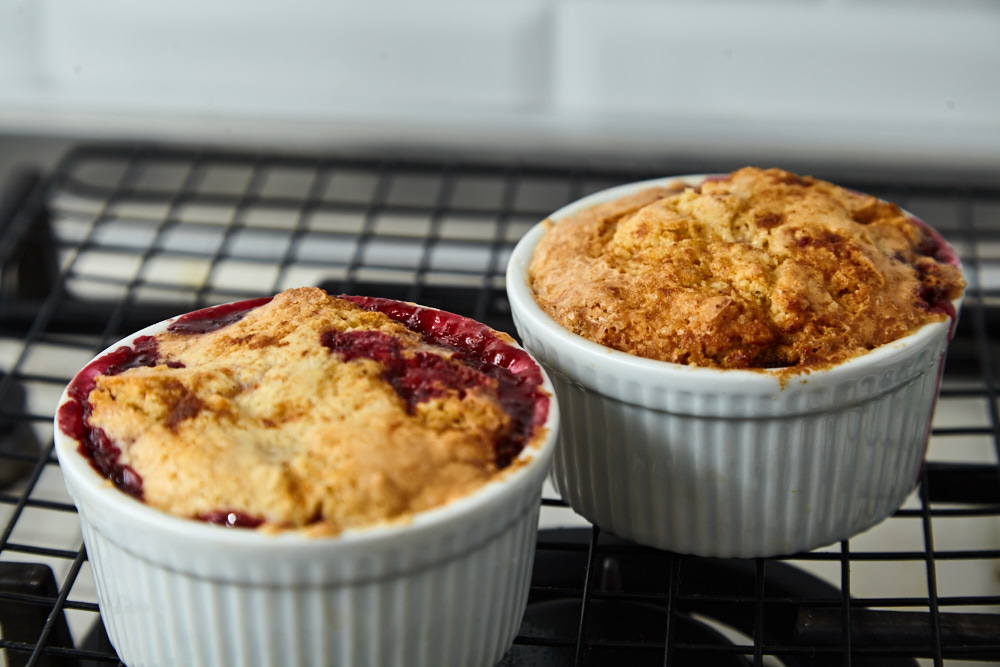 Take the forms out the oven for cherry crumble in 5 minutes