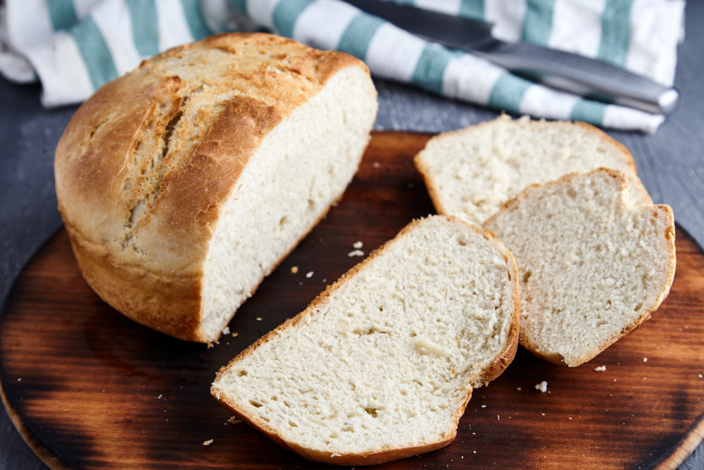 Slice the homemade bread in one hour