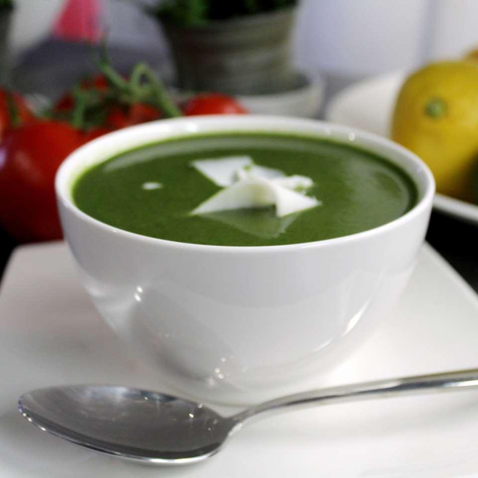 #14 Крем-суп с кабачком и шпинатом   -  Рецепт от Allrecipes |30+ рецептов из кабачков