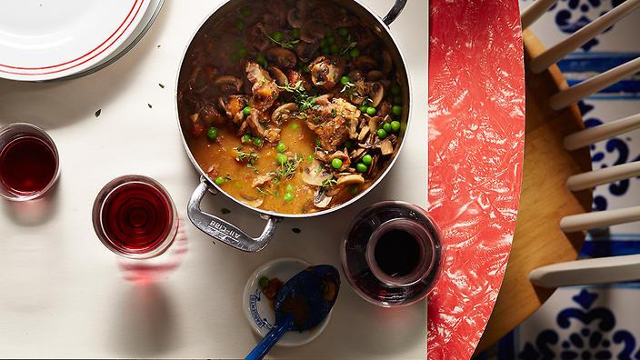 #5 Рагу из баранины с грибами и горохом - Рецепт от Sbs  10 рецептов из шампиньонов