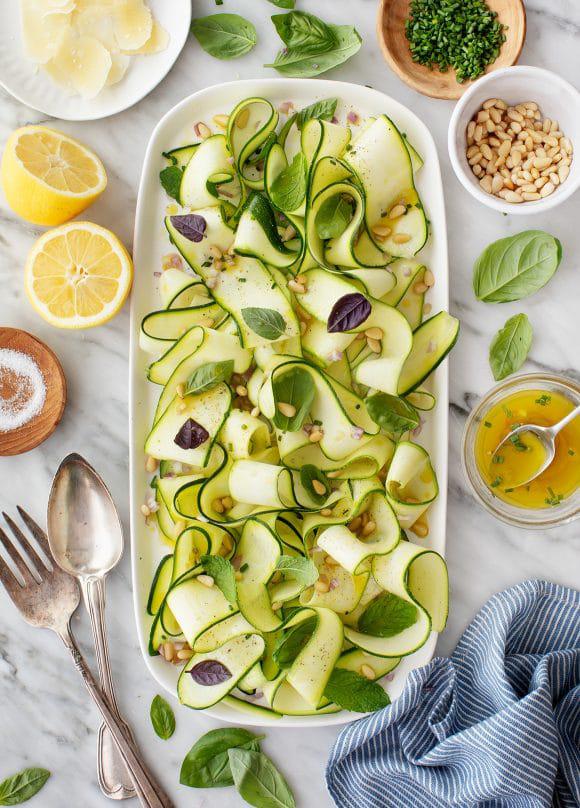 #2 Салат с цуккини - Рецепт от Loveandlemons |30+ рецептов из кабачков