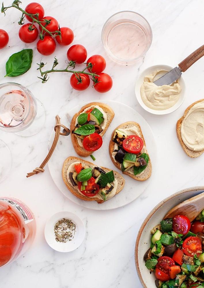 #1 Тартины-гриль с рататуем - Рецепт от Loveandlemons |30+ рецептов из кабачков