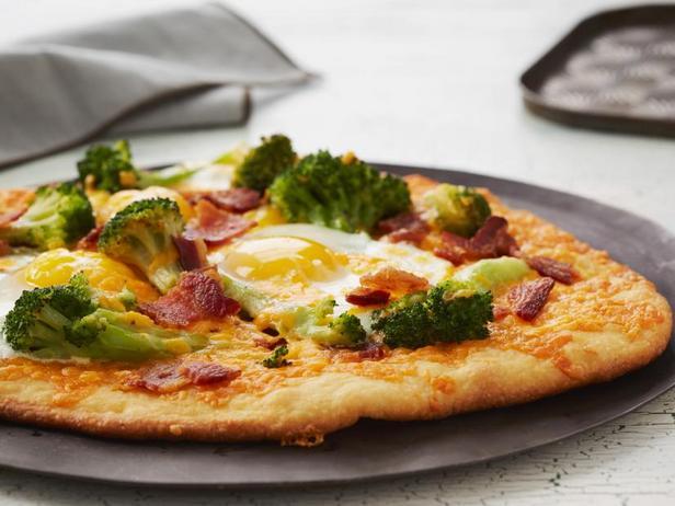 #18 Пицца с брокколи и чеддером - Рецепт от Grandkulinar| 20 идей для рецептов из капусты