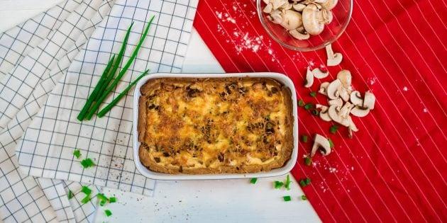 #30 Quiche lorraine with chicken and mushrooms. Lifehacker's recipe | 30 chicken fillet recipe ideas