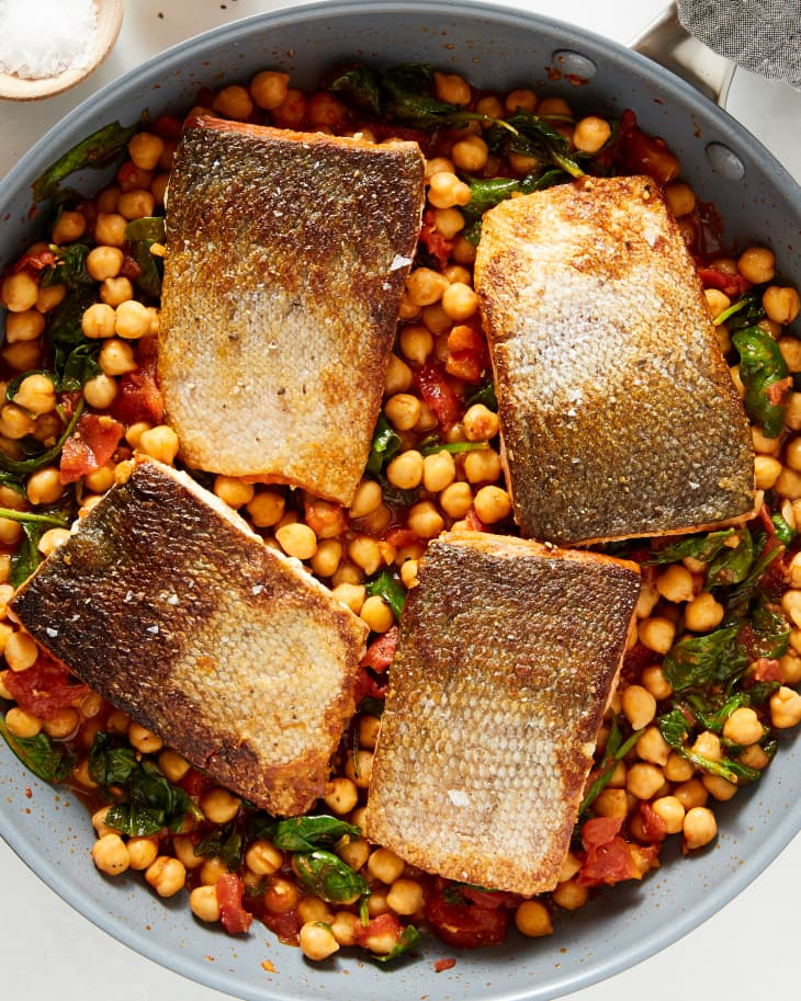 #30 Salmon with spinach and chickpeas.