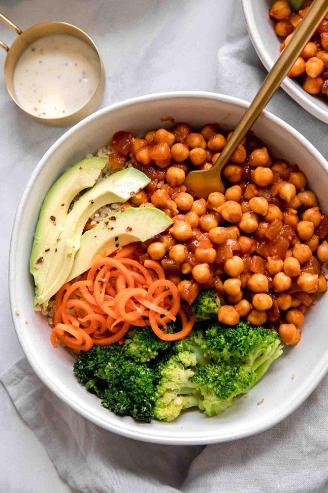 #34 Vegan chickpea and avocado bowl.