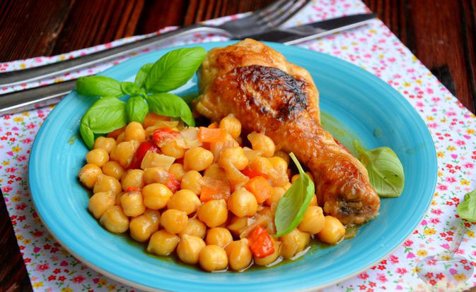 #36 Chicken legs with chickpeas and vegetables.