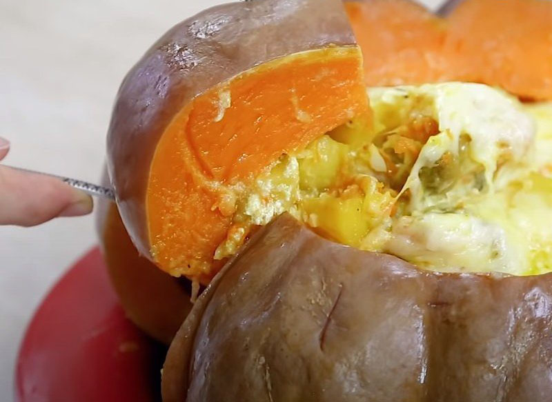 #41 Stuffed pumpkin with potatoes and meat.
