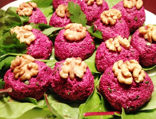 #7 Pkhali with beet and spinach (Pkhali).