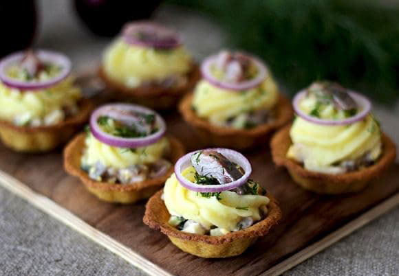 #35 Chickpea tartlets with herring salad.